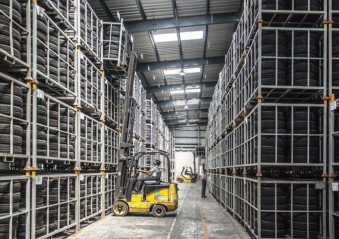 use forklift in tier factory